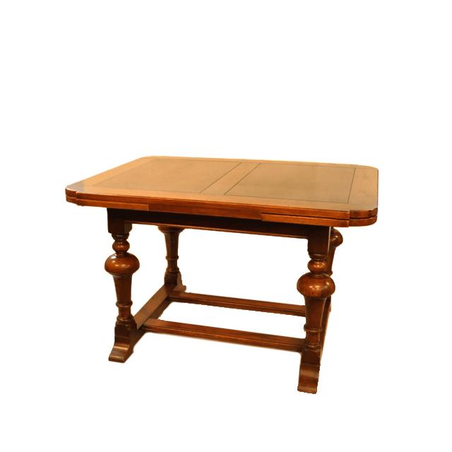 オーク材で作られたインバーテッドカップレッグ(inverted cup leg)のアンティークドローリーフテーブル