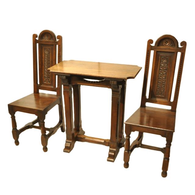オーク材で作られたイギリス製アンティークテーブル&2チェア/椅子
