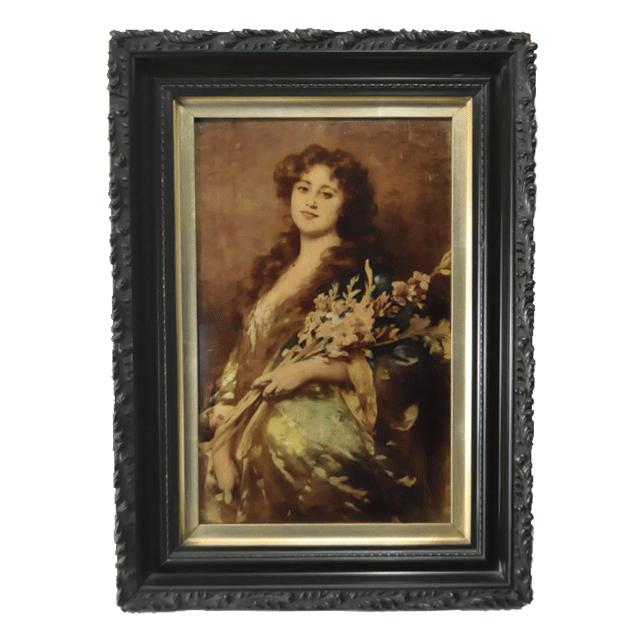 Crystoleum クリストリウムと言われる技法で花を持つ女性が描かれた一枚