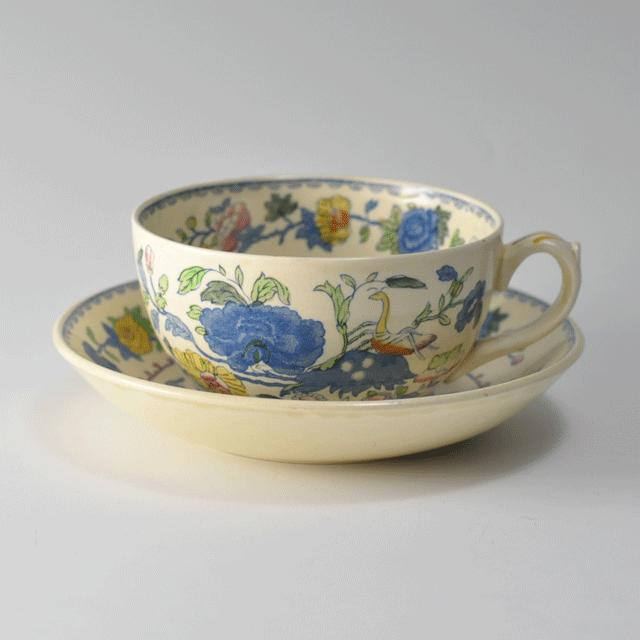 イギリスの老舗陶器ブランドメイソンズ(MASON'S)の鮮やかな色合いのアンティークブレックファーストカップ&ソーサー