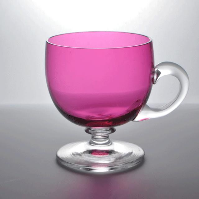 カップのクランベリーの色合いが鮮やかなアンティークカスタードカップ