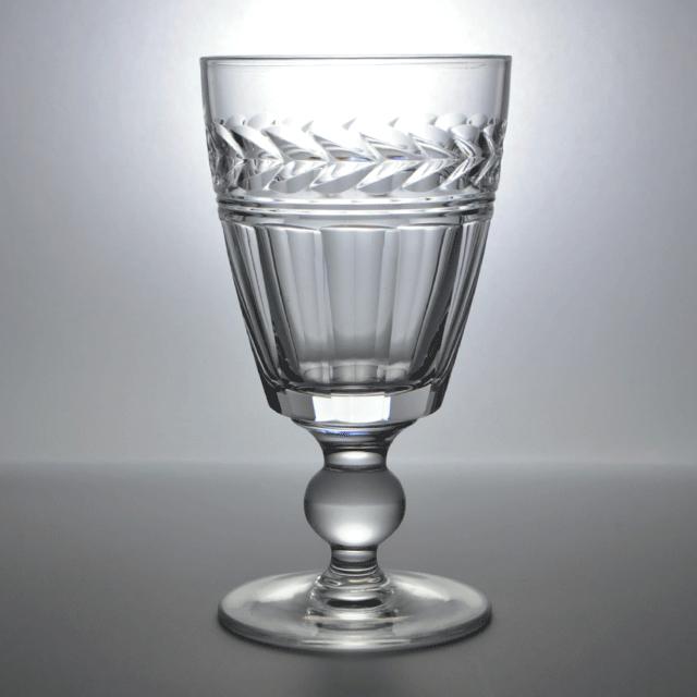 イギリスのStuart(スチュアート)社のアンティークワイングラス