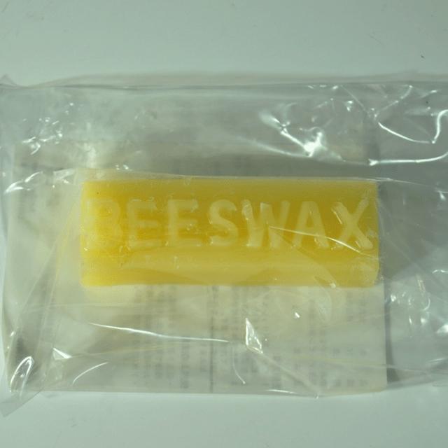 BEES WAX ビーズワックスは家具のツヤを出したり、引出しの滑りを良くするためのワックス