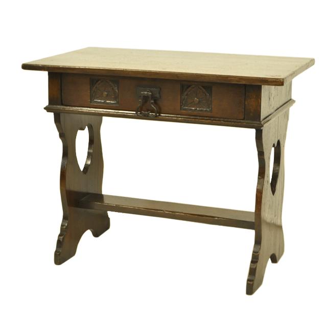 オーク材で作られたアンティークソファテーブル