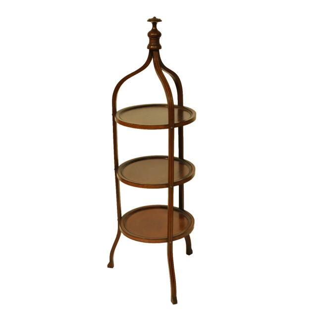 マホガニー材で作られたアンティークケーキスタンド