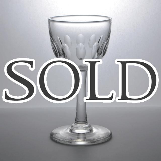 シンプルで可愛らしいアンティークショットグラス(リキュールグラス)