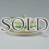 イギリスのSOHOソーホーのQueens Greenシリーズのアンティークチュリーン&ソーサー&レードルセット